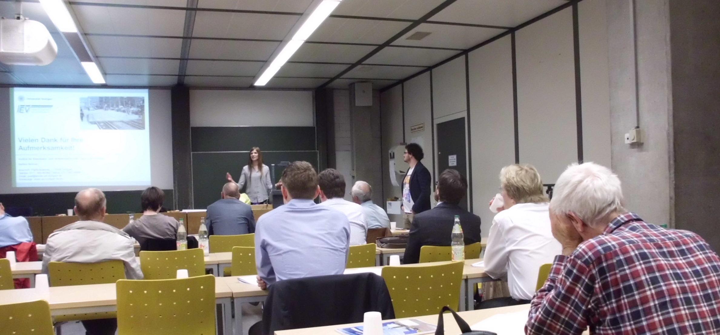 Bettina Morman bei ihrem Vortrag